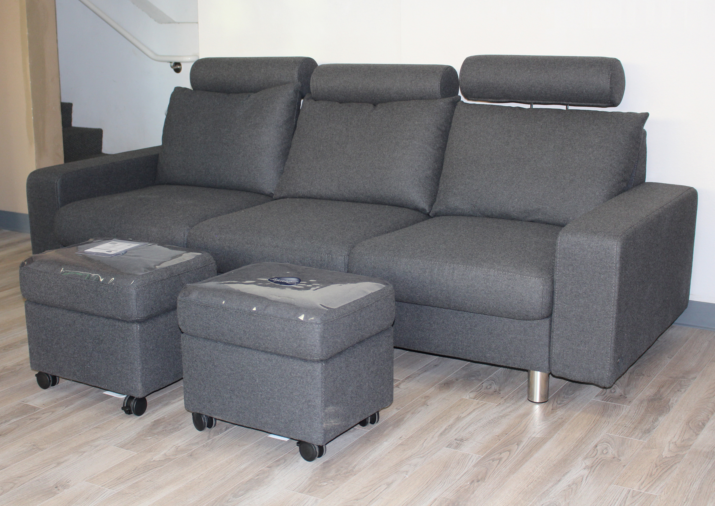 stressless e200 3 seat sofa in calido dark grey fabric by. Black Bedroom Furniture Sets. Home Design Ideas