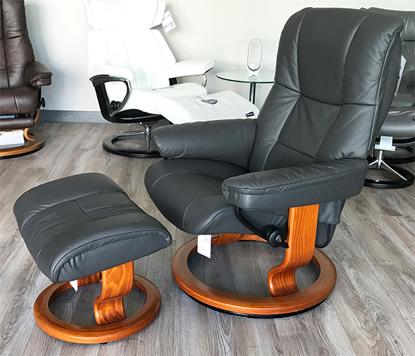 Stressless Chelsea Small Mayfair Paloma Rock Leather