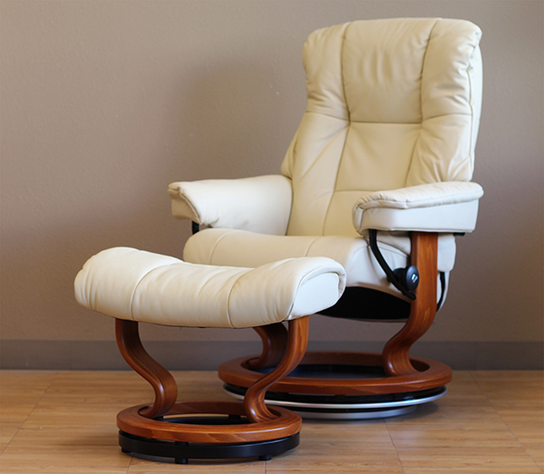 Stressless Mayfair Recliner Chair in Paloma Kitt Leather