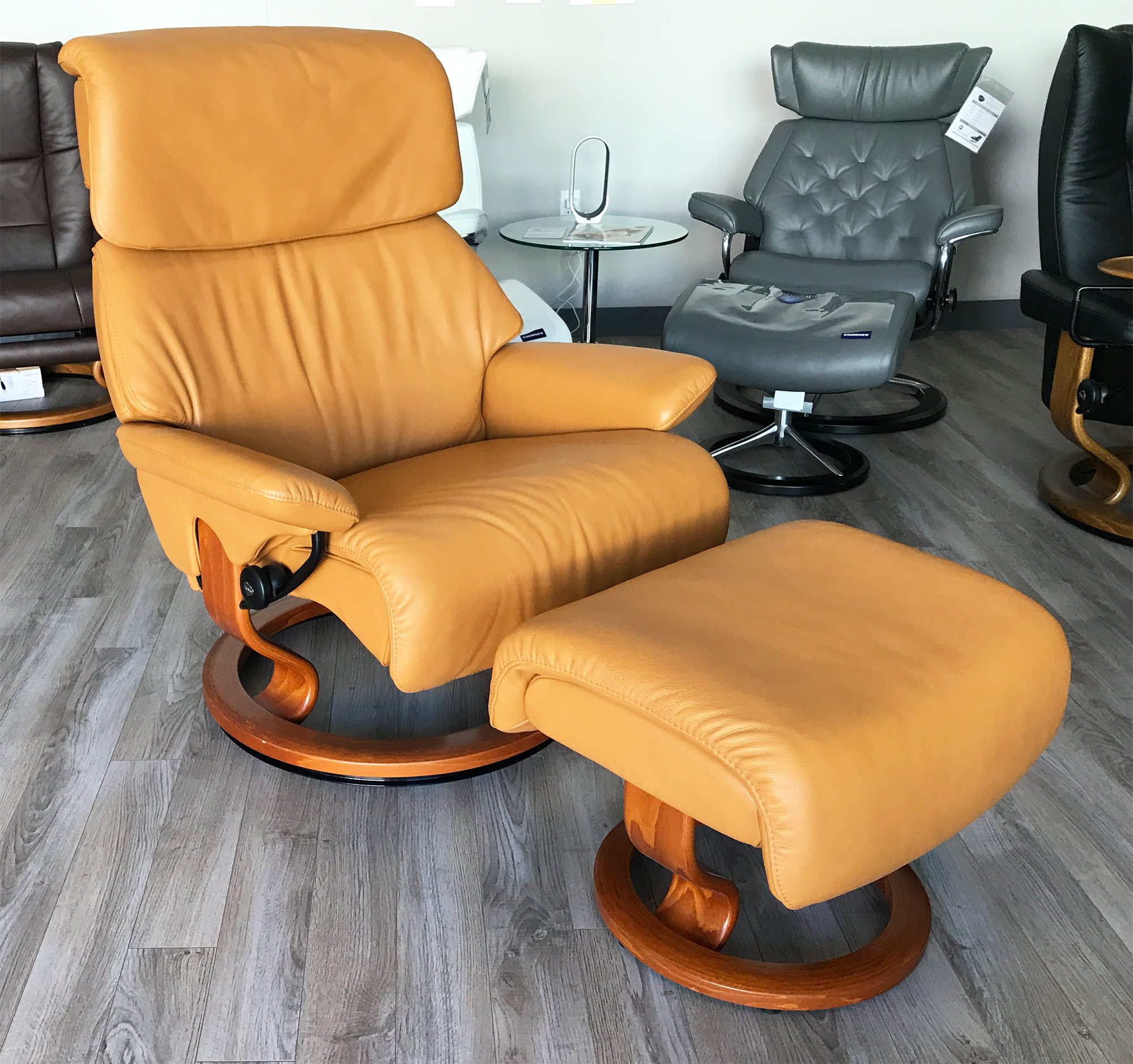 Stressless Spirit Large Dream Cori Tan Leather Recliner ...
