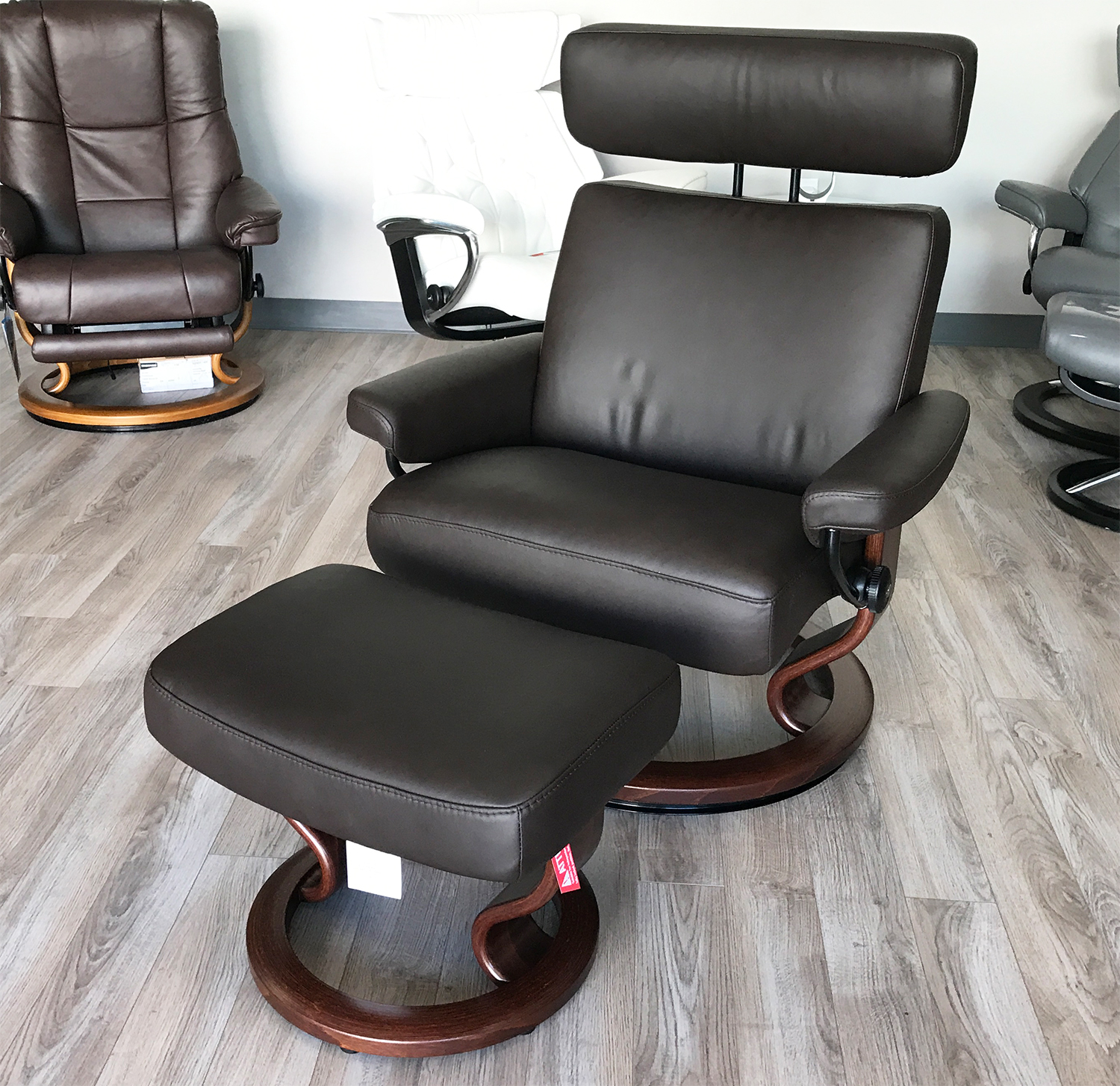 Stressless Taurus Paloma Mocca Leather Recliner Chair And