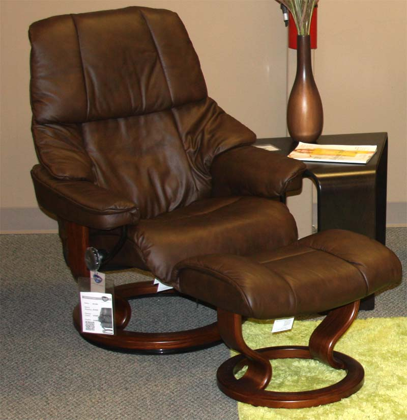 Stressless Reno Medium Recliner Chair With Ottoman