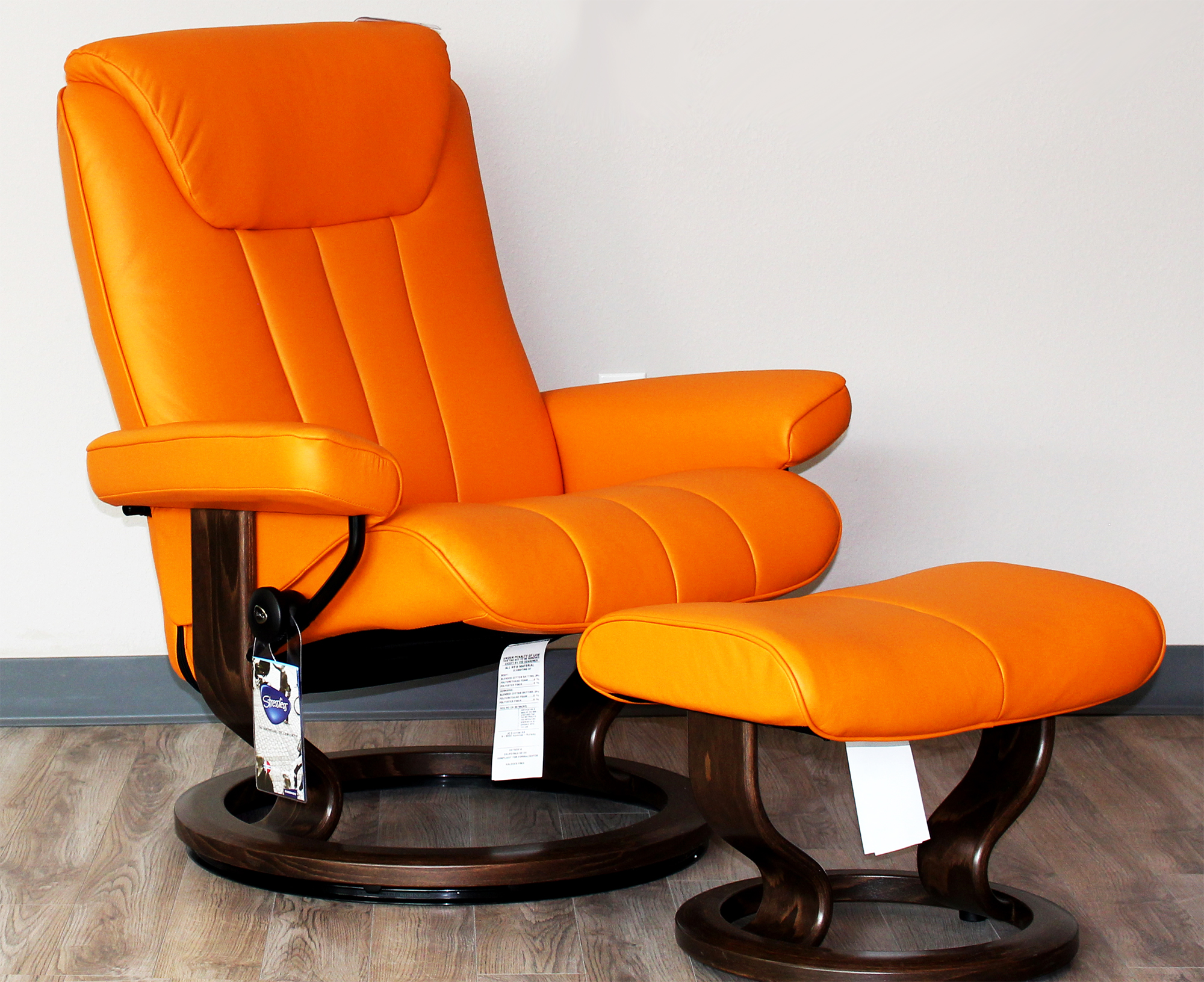 Stressless Bliss Paloma Clementine Leather Recliner Chair by