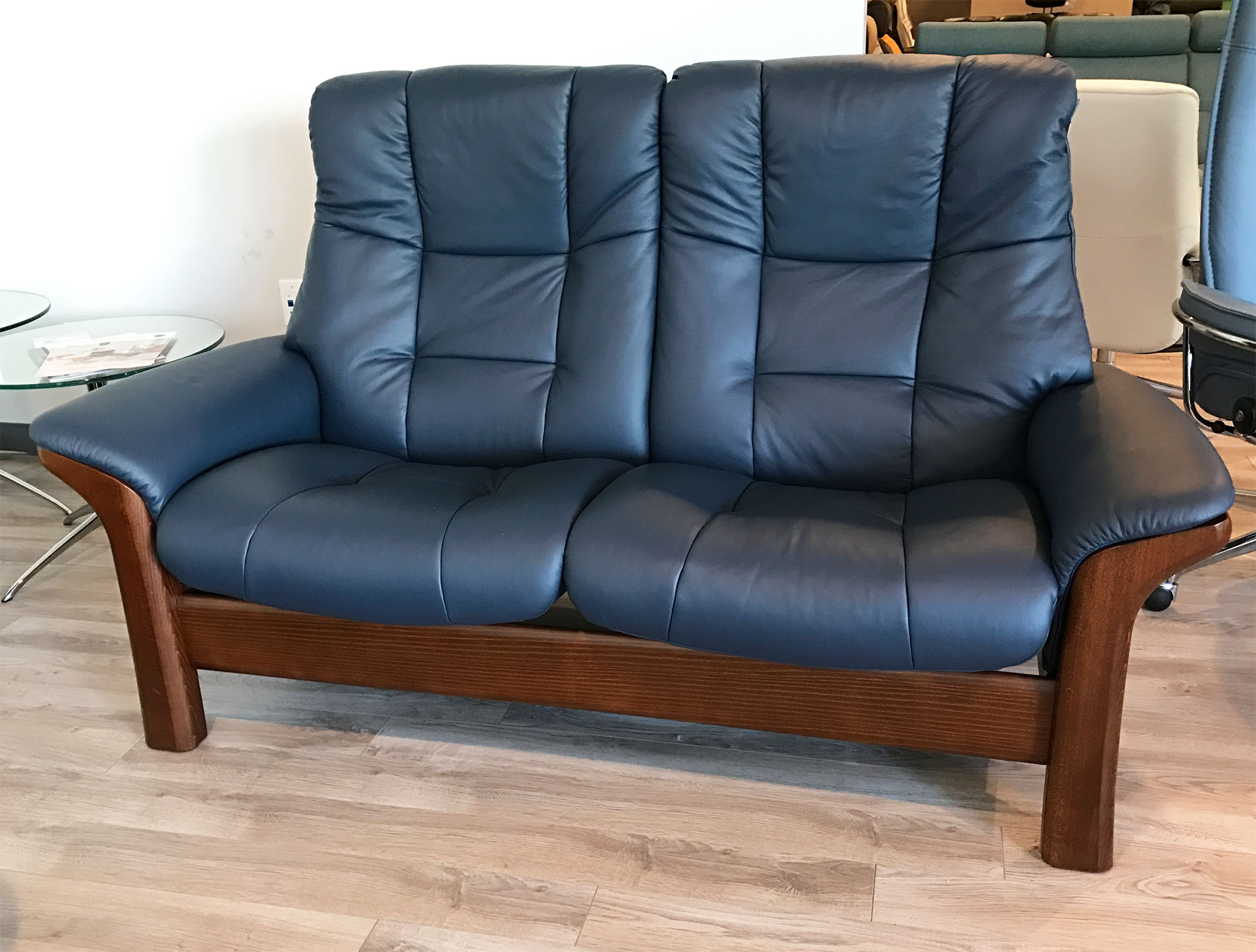 Stressless Buckingham 2 Seat High Back Reclining Loveseat In Paloma Oxford  Blue Leather  Brown Walnut High Back Loveseat58