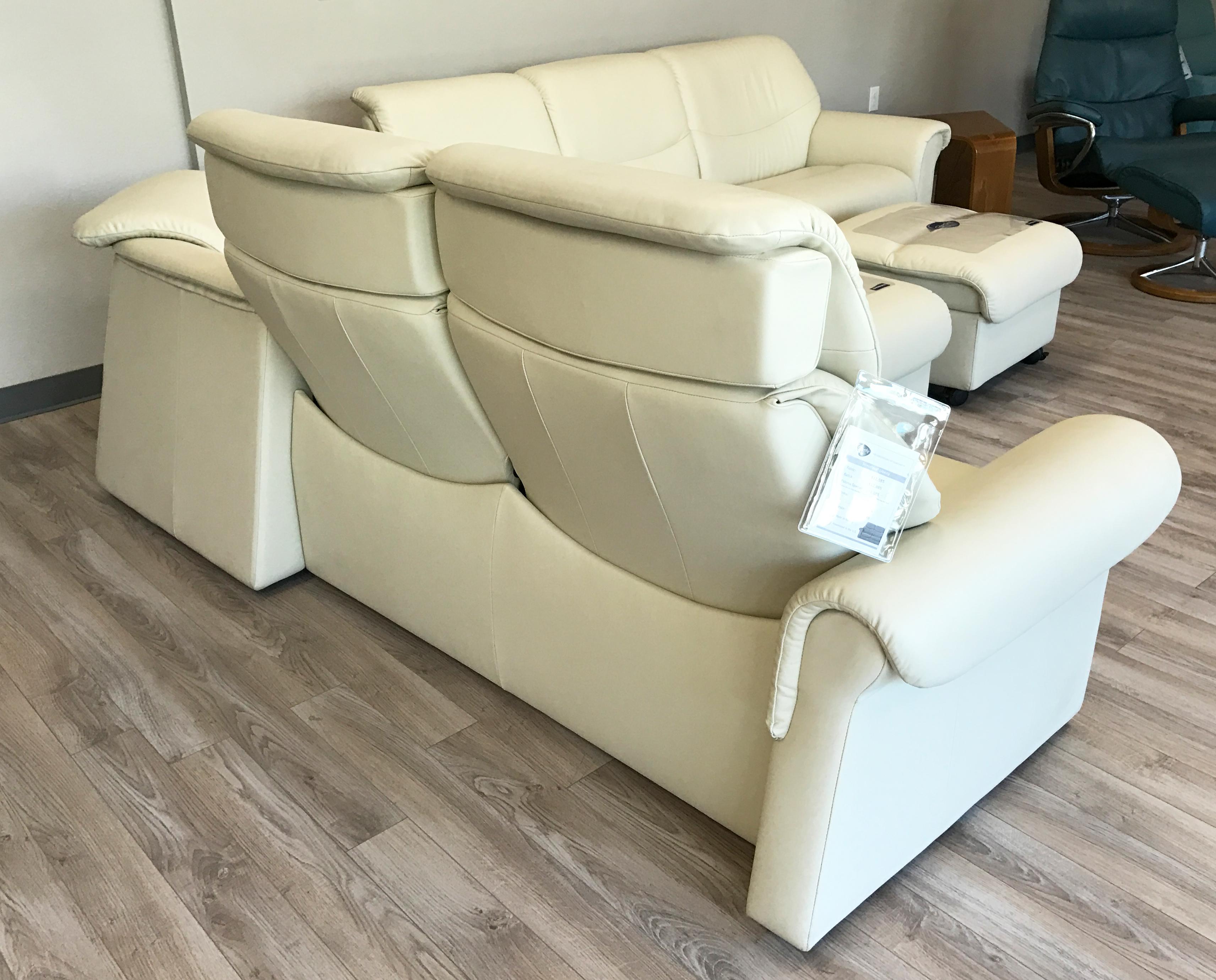 Stressless Liberty Sofa Sectional In Paloma Light Grey
