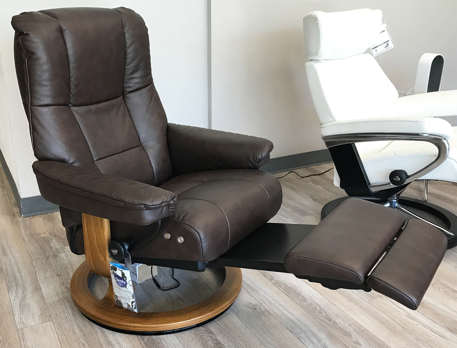 Stressless Mayfair Legcomfort Paloma Chocolate Leather