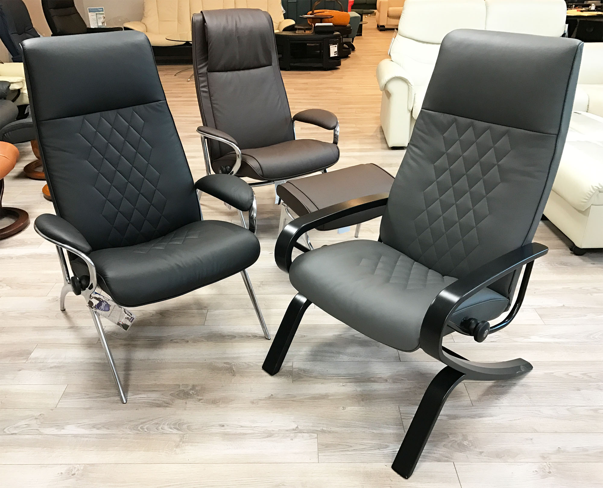stressless you james aluminum recliner chair in batick brown leather recliner chair and ottoman. Black Bedroom Furniture Sets. Home Design Ideas