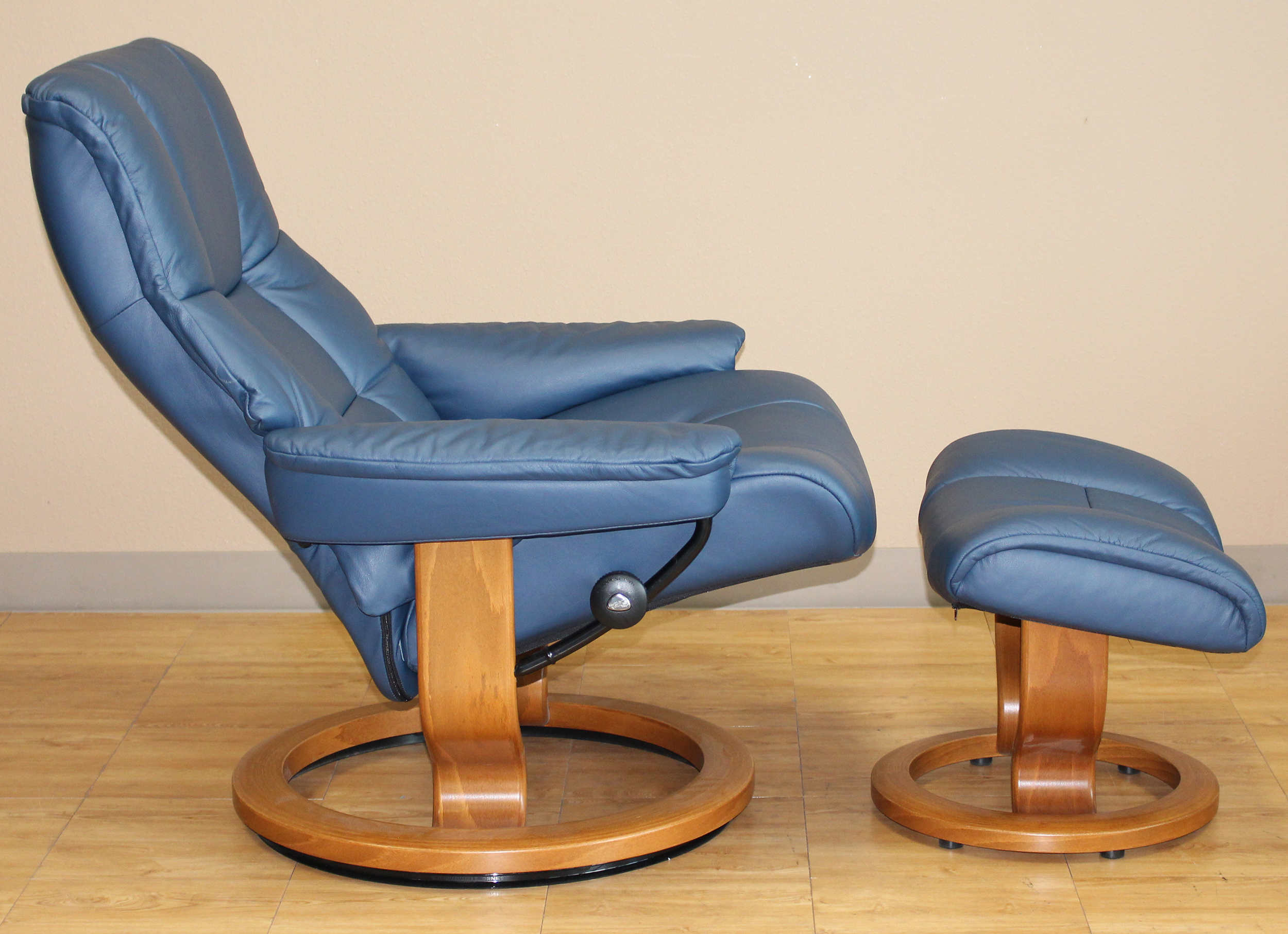 Stressless Mayfair Recliner Chair Paloma Oxford Blue Leather By Ekornes