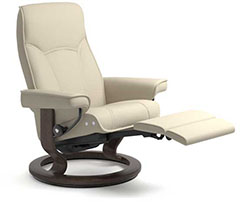 Stressless Senator Power LegComfort Classic Recliner Chair  sc 1 st  Vitalityweb.com & Stressless Power LegComfort Recliner Chair - Stressless Chairs ... islam-shia.org