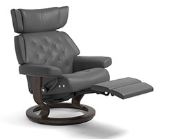 Stressless Skyline LegComfort Power Footrest Recliner Chair