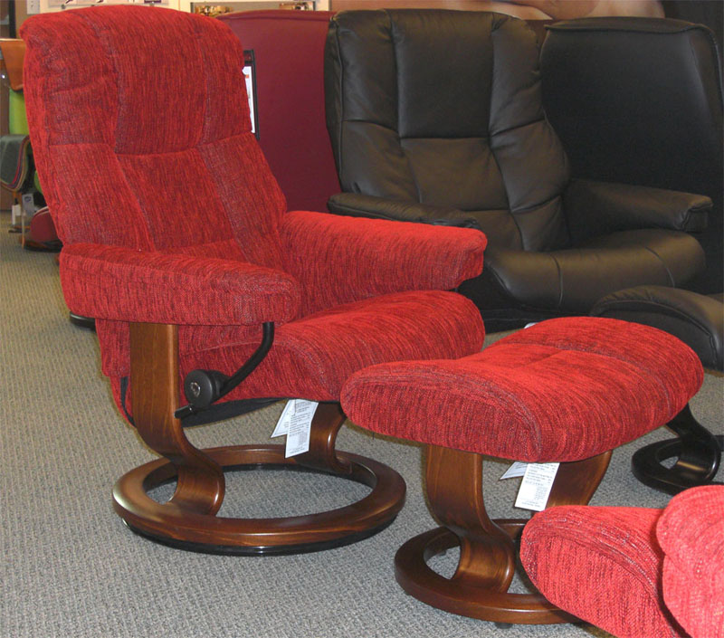 Stressless Chelsea Red Fabric Recliner Chair and Ottoman by Ekornes & Stressless Chelsea Small Mayfair Recliner Chair Ergonomic Lounger ... islam-shia.org