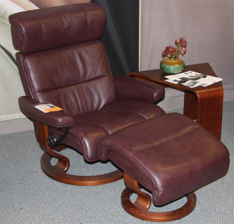 Stressless Savannah Amarone Royalin Leather Recliner Chair And Ottoman By  Ekornes