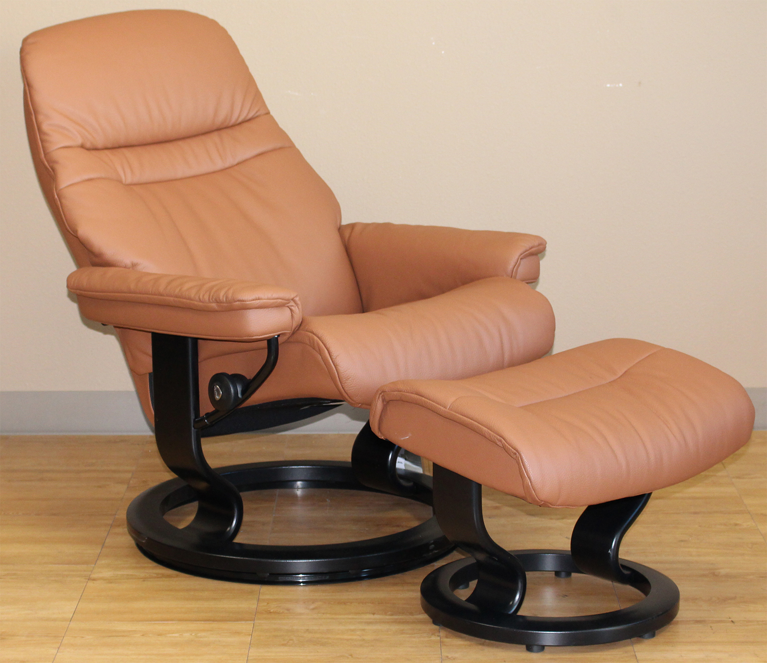 Stressless Sunrise Classic Palm Brown Color Leather By Ekornes Stressless Sunrise