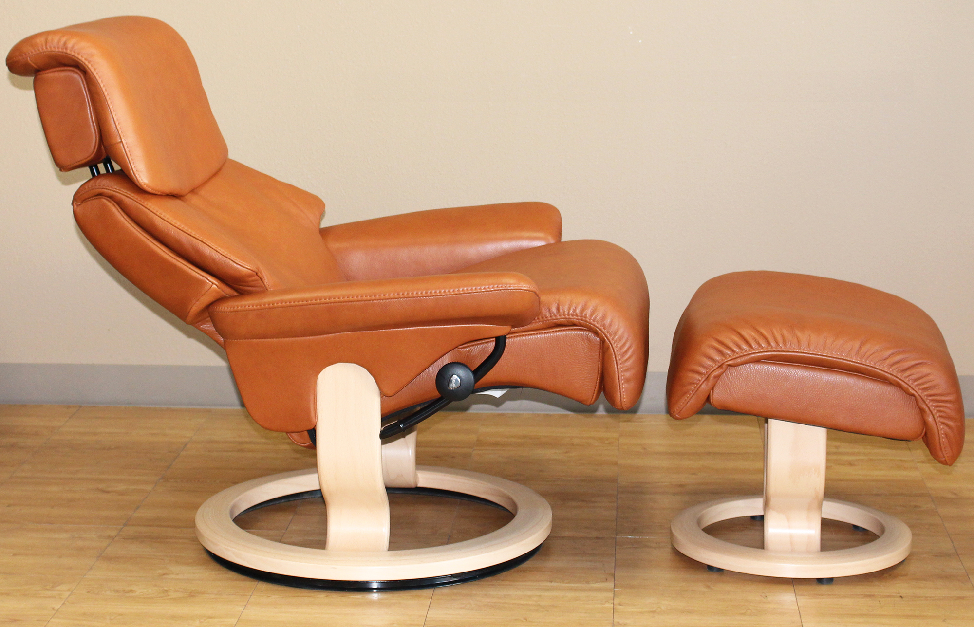 Dream Stressless Royalin TigerEye Recliner Chair Leather by Ekornes : stressless dream recliner - islam-shia.org