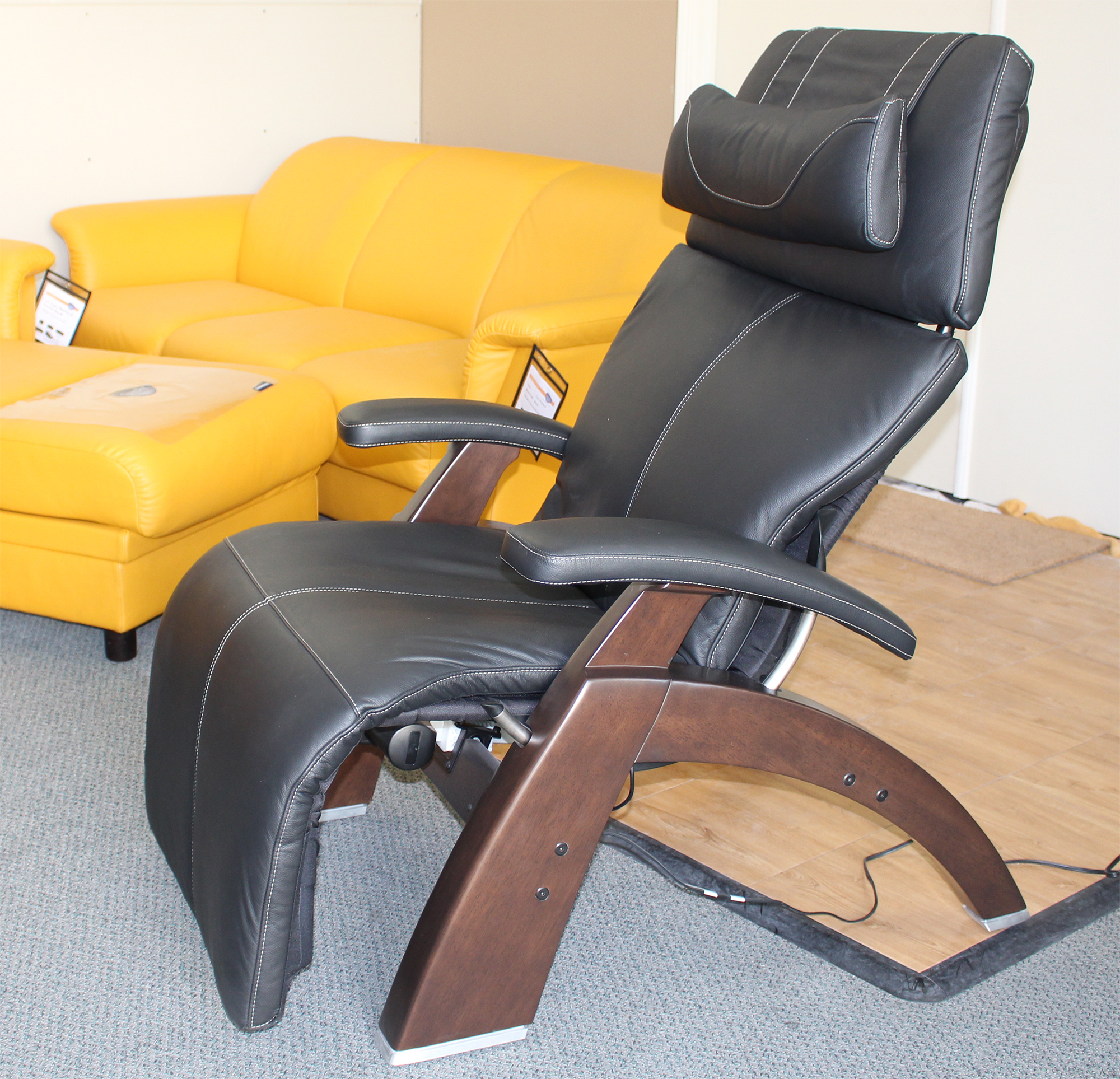 Human Touch PC-610 Power Omni-Motion Perfect Chair Zero Gravity Recliner & PC-610 Omni-Motion Electric Power Classic Perfect Zero Gravity ... islam-shia.org