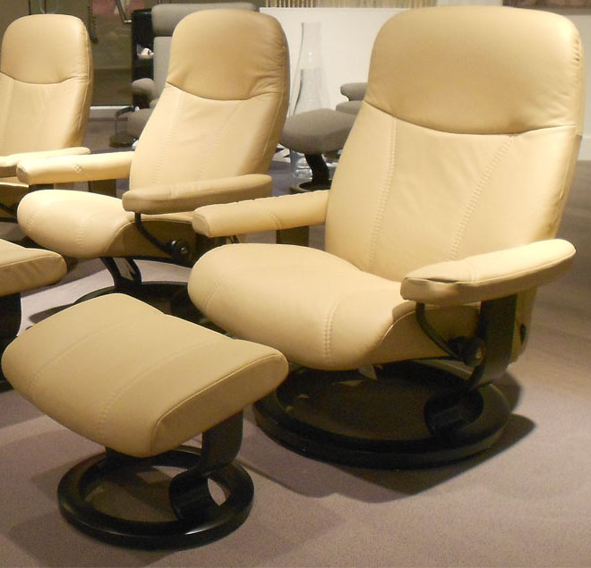 Stressless Diplomat Small Consul Batick Latte Leather Chair by Ekornes