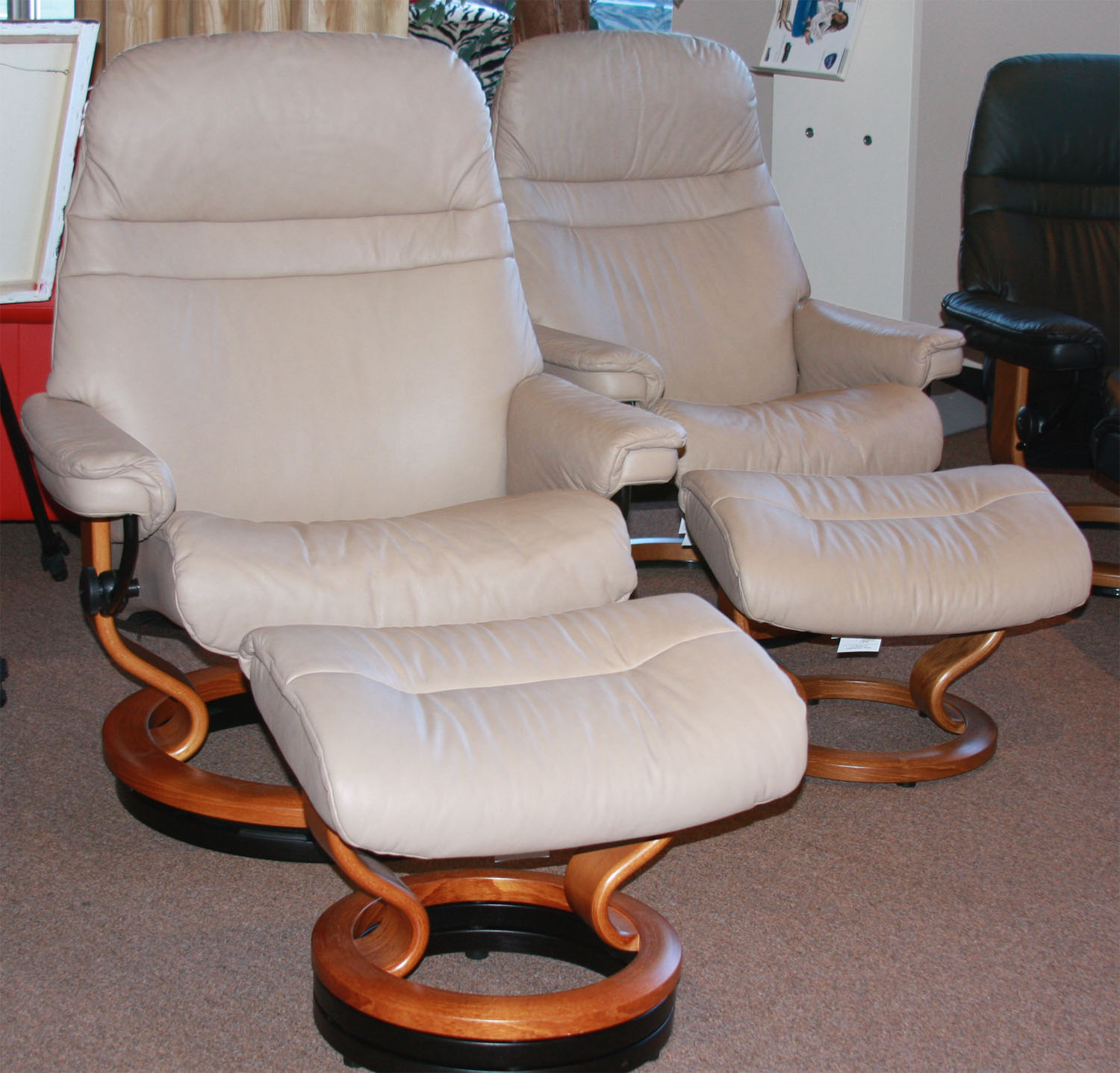 Stressless Sunrise Recliner in Sand Paloma Leather & Stressless Sunrise Recliners Chairs by Ekornes Recliner Lounger ... islam-shia.org