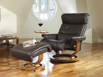 Stressless Savannah Recliner Chair And Ottoman Royalin Amarone Leather With  Cherry Wood Base